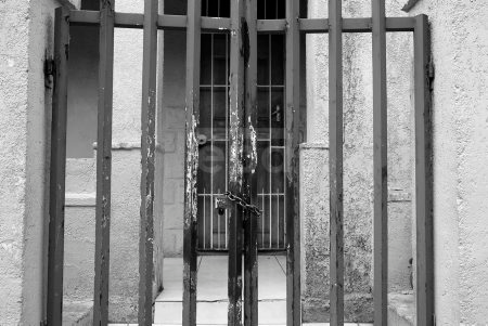 Living behind bars in South Africa