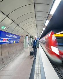 Stuttgart Flughafen Messe S-Bahn