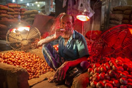 Onions price increases in Bangladesh